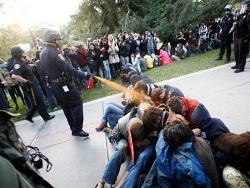 pepper-spray_21-11-2011
